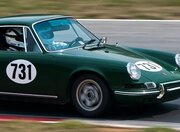 Le Mans Classic font, Third oval shown on hood of this classic Porsche